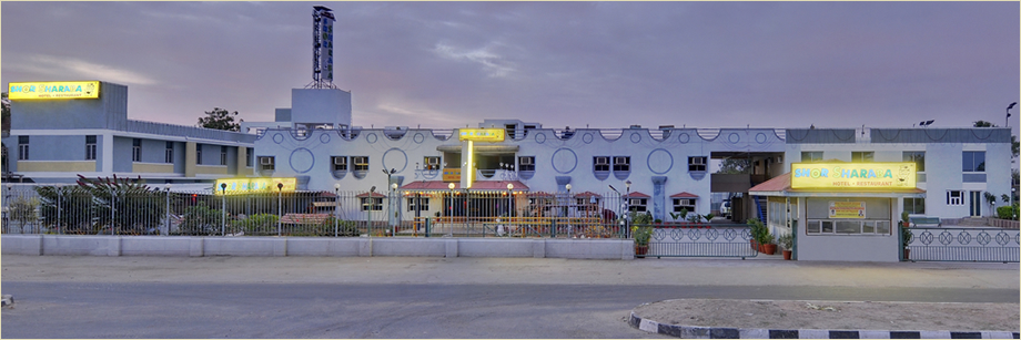 Shor sharaba is not just a hotel. It's a full-fledged fun place to rest, relax and refresh.